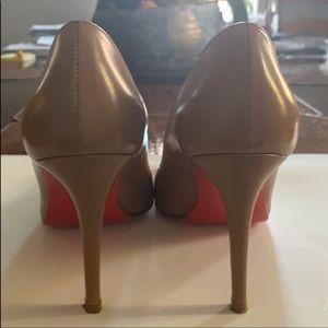 Christian louboutin size 7 heels